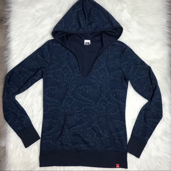 20207d388 North Face navy blue lightweight pullover hoodie S